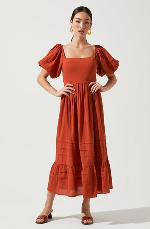 Square Neck Flare Dress - This dress is ideal for a summer brunch. It emphasizes a neatly tailored square neckline.